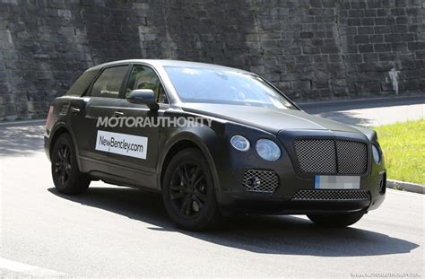 bentley suv 2016 2016 bentley suv spy video