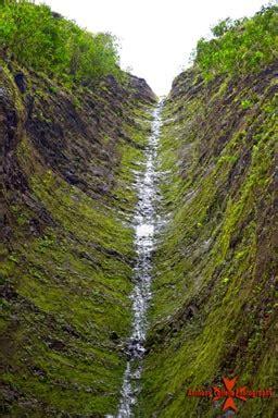 sacred falls | oahu waterfalls | hawaii waterfalls on oahu