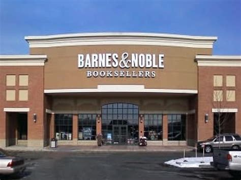 Barnes And Noble Closing Stores barnes and noble may hundreds of stores report patch