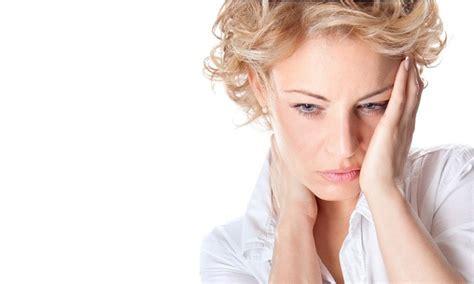 sonno e mal di testa 5 rimedi per il mal di testa da cervicale pinkitalia