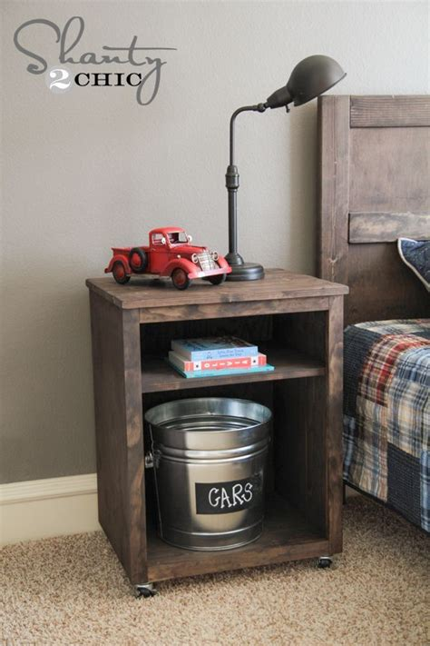 Diy Nightstand by 25 Best Ideas About Diy Nightstand On Crate