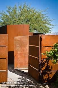 1208763 corten steel wall gate outdoor shower jason