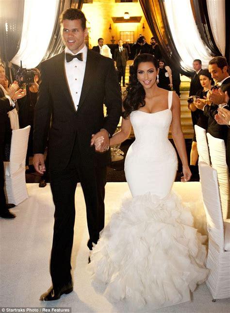kim kardashian marriage kris humphries kim kardashian dons wedding dress number 2 at reception