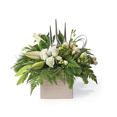 christmas centerpieces delivered flower delivery usa merry and happy new year 2018