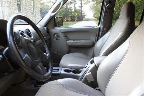 Jeep Liberty 2002 Interior by 2002 Jeep Liberty Interior Pictures Cargurus