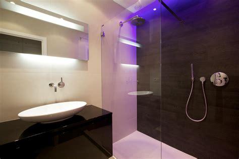 renovation salle de bain design avec a l italienne