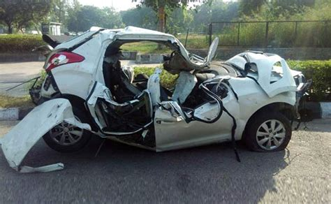 yet another car crash leaves crumpled heap and two dead ndtv carandbike