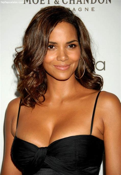 Halle Berry by Halle Berry Photos Leaked Pictures