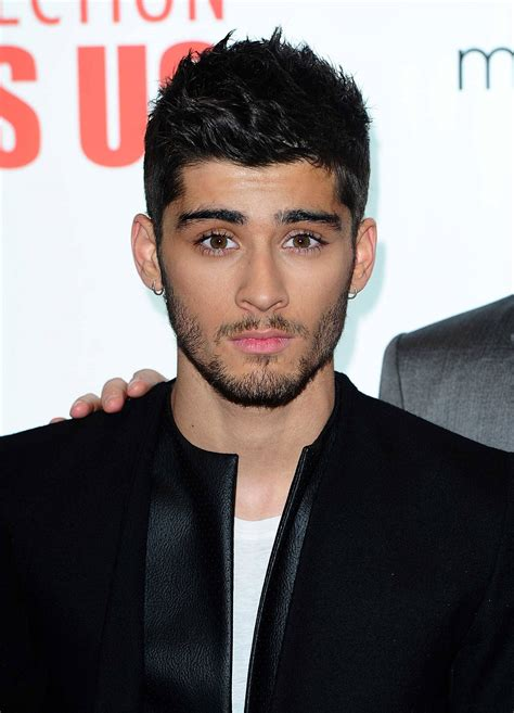 The Superfan S Guide To One Direction 100 Unofficial one direction zayn malik quits band time