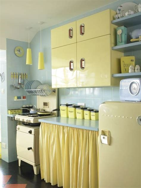 retro kitchen decor best 25 50s kitchen ideas on pinterest retro kitchen