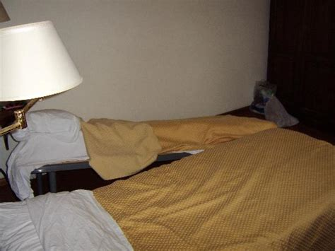 broken futon broken bed picture of hotel villa mora giardini naxos