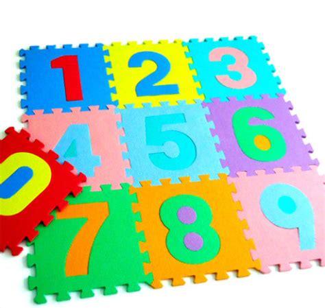 alfombra foam alfombras de foam y otros peligrosos de puericultura un