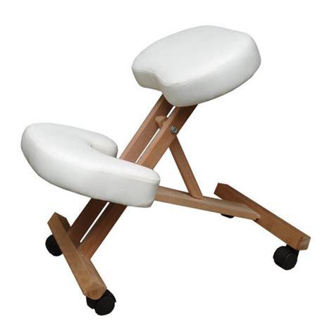 sgabello ergonomico prezzi sgabello ergonomico in legno con sedile e poggiapiedi