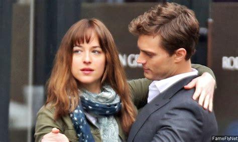 Film Fifty Shades Of Grey Yang Kedua | dua sekuel film fifty shades of grey juga bakal tayang