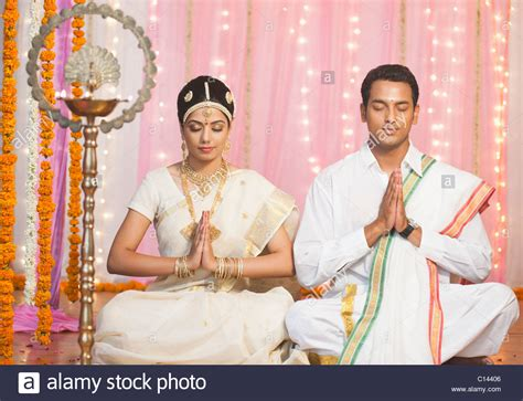 And Bridegroom Photos by And Bridegroom In Traditional South Indian Dress