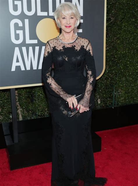 Thief Steals Golden Globe Shoes by Golden Globes 2018 Best Dressed Helen Mirren Steals The