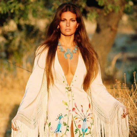 raquel welch poncho 1000 images about people on pinterest willie nelson