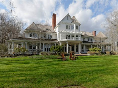 Connecticut Homes by Real Estate Live Like Howard Real Estate