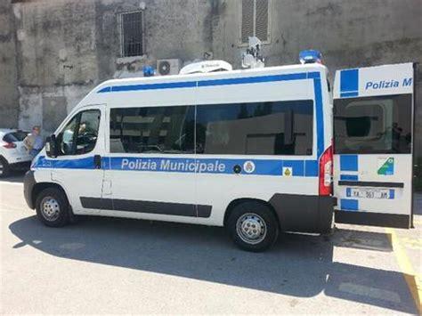ufficio vigili urbani abruzzolive tv pescara moderno ufficio mobile a