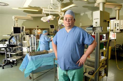 Lepaparazzi News Update Warned By Plastic Surgeon by Yorkhill Children S Specialist Warns Increased