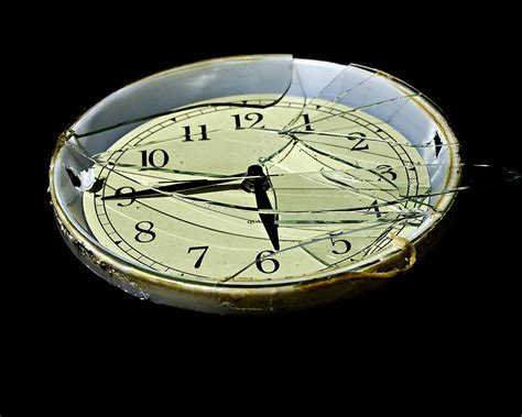 broken clocks broken clock art www pixshark com images galleries