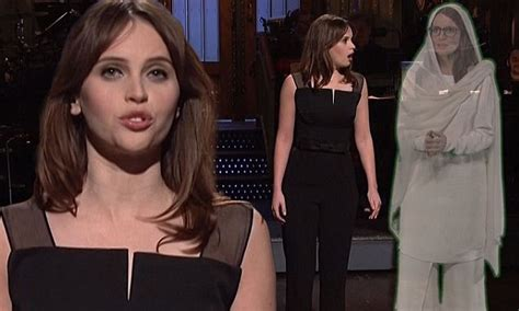 felicity fey tina fey appears in hologram form to help felicity jones