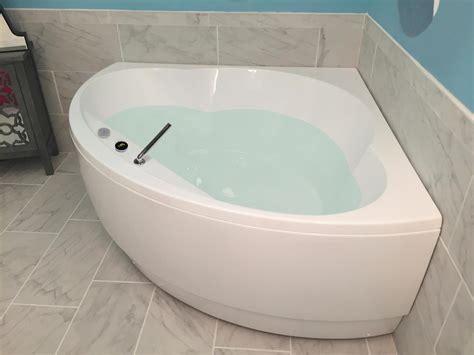 corner tub aquatica cleopatra wht corner acrylic bathtub
