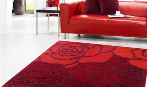 teppich rosenmuster rote teppiche f 252 r etwas zu hause