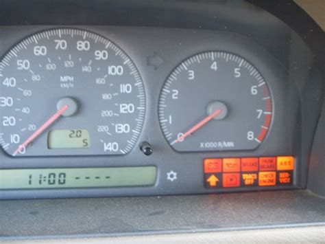car engine manuals 2000 volvo s70 instrument cluster 1998 volvo v70 dashboard light replacement volvo v70 upper dashboard panel replacement 1998 2007