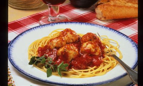 Spaghetti Meatballs Two Ways Beginner Expert by Spaghetti And Chicken Meatballs Recipe Relish