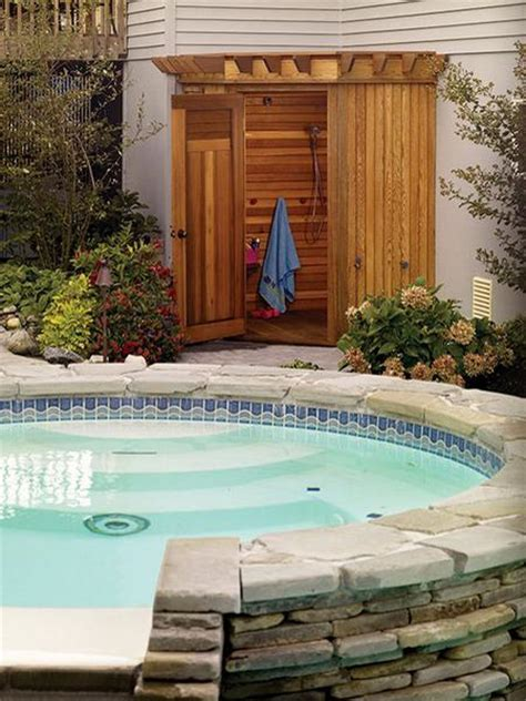 Outdoor Bathroom For Pool by 33 Design Ideas For Wooden And Metal Outdoor Shower Enclosures