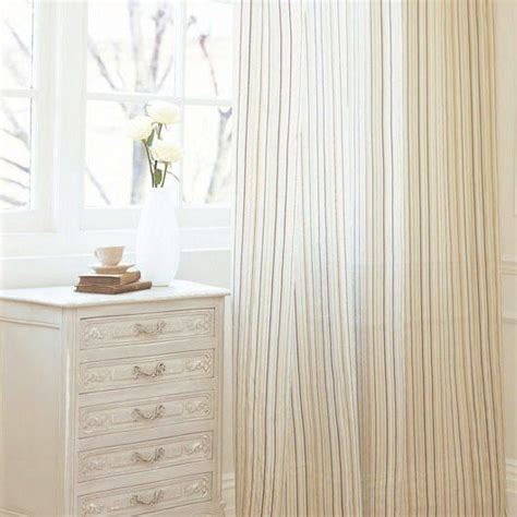 reduce dust in room 25 best ideas about bedroom cleaning tips on bedroom cleaning room cleaning