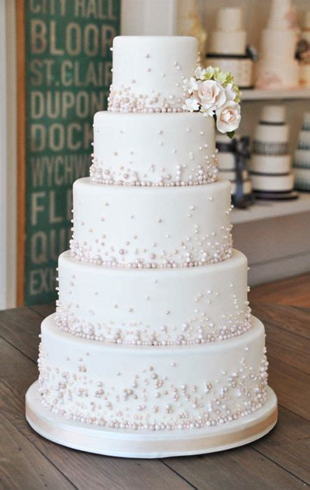 Bobbette & Belle: Cascading Pearls   Cakes, Cupcakes