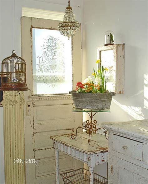 Inside Shabby Chic And The Rustic Farmhouse Decor Farmhouse Shabby Chic Decor