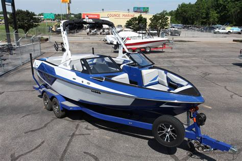 2018 axis boats price 2018 axis t22 power boats inboard memphis tennessee bax1802
