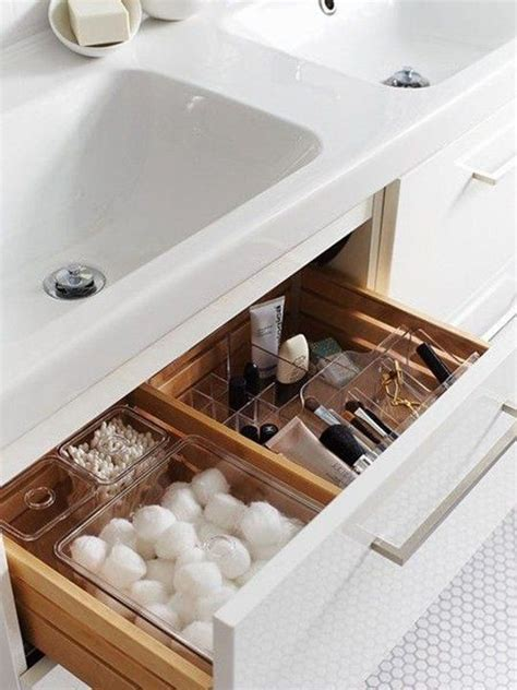 bathroom makeup storage ideas 25 best ideas about bathroom vanity organization on