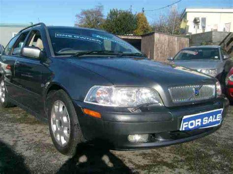 volvo v40 2 0 se tanna cars volvo 2002 02 v40 2 0 se automatic car for sale