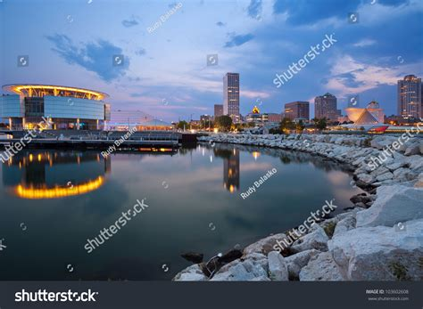 Simple Search Milwaukee City Of Milwaukee Skyline Image Of Milwaukee Skyline At Twilight With City Reflection