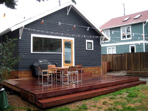 small backyard decks best 20 small backyard decks ideas on small