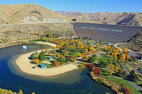 lucky peak boat rentals lucky peak reservoir boat rentals ready to ski fish or