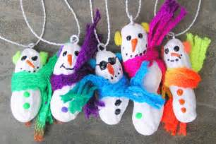 Christmas Decorations To Make At Home For Kids by 19 Homemade Christmas Ornaments That Kids Can Make Parentmap