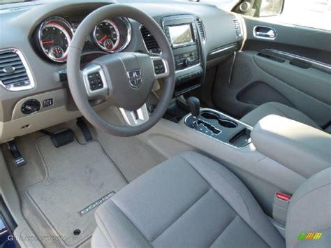 2012 Dodge Durango Interior by 2012 Dodge Durango Sxt Interior Color Photos Gtcarlot