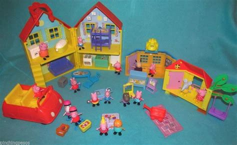 peppa pig dolls house peppa pig doll house 28 images character options peppa pig deluxe playhouse co uk