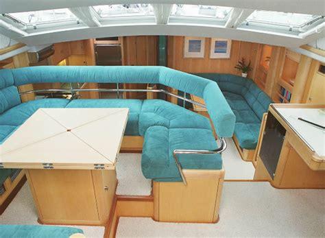 interno barca a vela noleggio barche a vela di lusso oyster 82 vacanza baleari