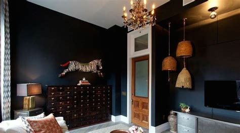 genevieve gorder living room black rooms are you bold enough to try this debi carser designs