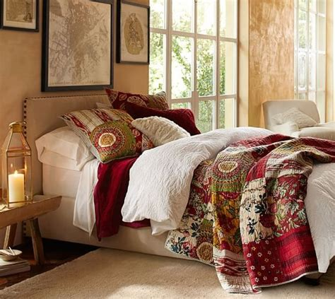 bedrooms with quilts quilts for master bedroom the kinds that dress the bed