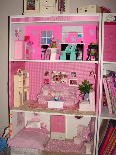 pics of barbie doll houses barbie house jpg