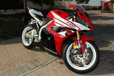2012 cbr 600 for sale 2012 honda cbr600rr w extras dubai uae