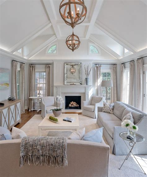 calm  cool  chevy chase   living rooms