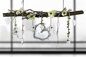 dekoration ast ast aus buchenholz zum aufh 228 ngen fr 252 hlingshaft dekoriert